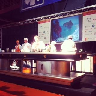 Elaboración gastronómica con chefs internacionales, en Gastrotur 2013.